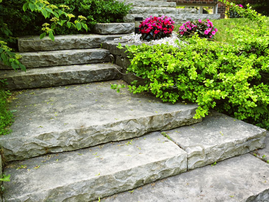 Brainstorm your next hardscaping project with a pro